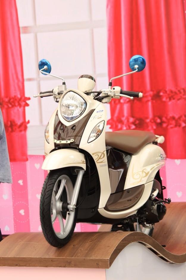 New Fino 125 Blue Core display dalam event launching di Mall Ratu Indah Makassar (2)