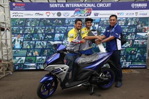 Juara Umum 250cc Comm B YSR 2016