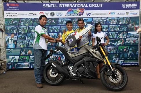 Juara Umum 250cc Comm Pro YSR 2016