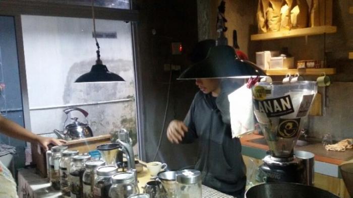 kedai-klinik-kopi-cafe_20150424_212515