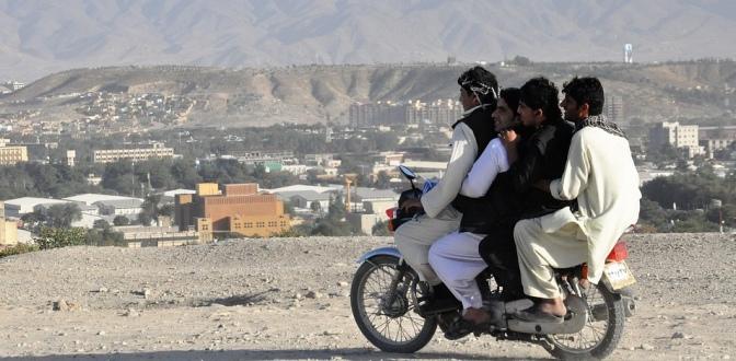 Ketika wanita Palestina dilarang naik motor