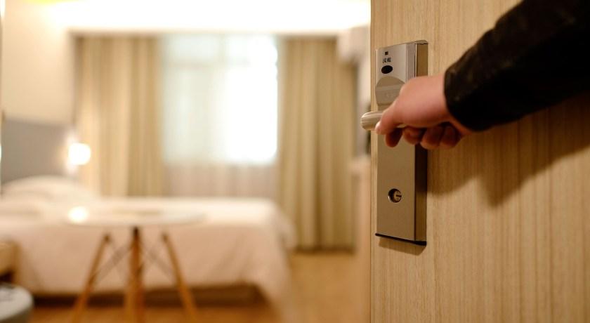 Pemenuhan hotel bisa melalui gadget