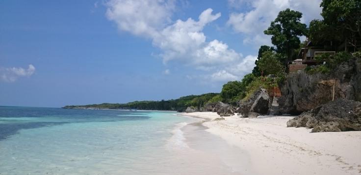Pantai Bara Tanjung Bira