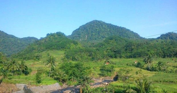 Kawasan Pegunung lio Brebes Selatan