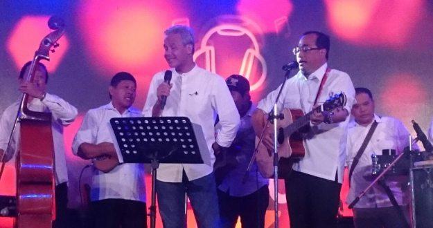 Gubernur Jawa Tengah bapak Ganjar Pranowo ikut memeriahkan dHot Music day 2018