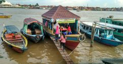 Pempek Goyang Sungai Musi